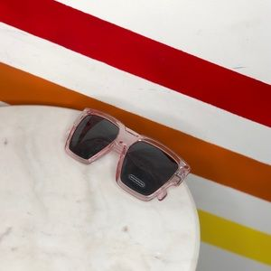 NEW Free People light pink oversized sunglasses